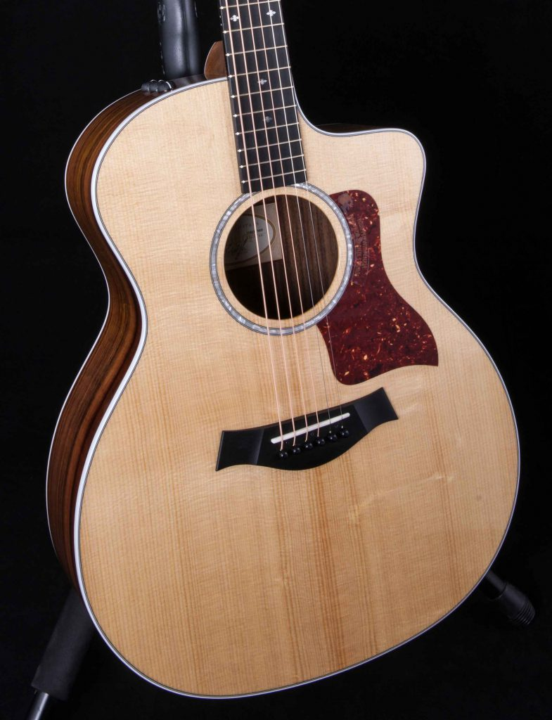 Watch as well Fender 57 Twin as well Different Types Of Guitars likewise 1982 Gibson Chet A ins Ce 0517 besides Collings. on collingsguitars