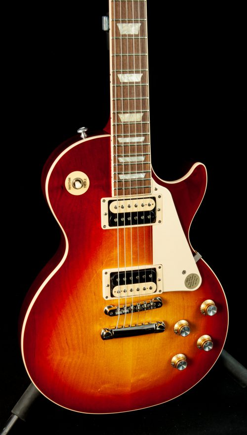 Gibson Les Paul Classic in Heritage Cherry Sunburst