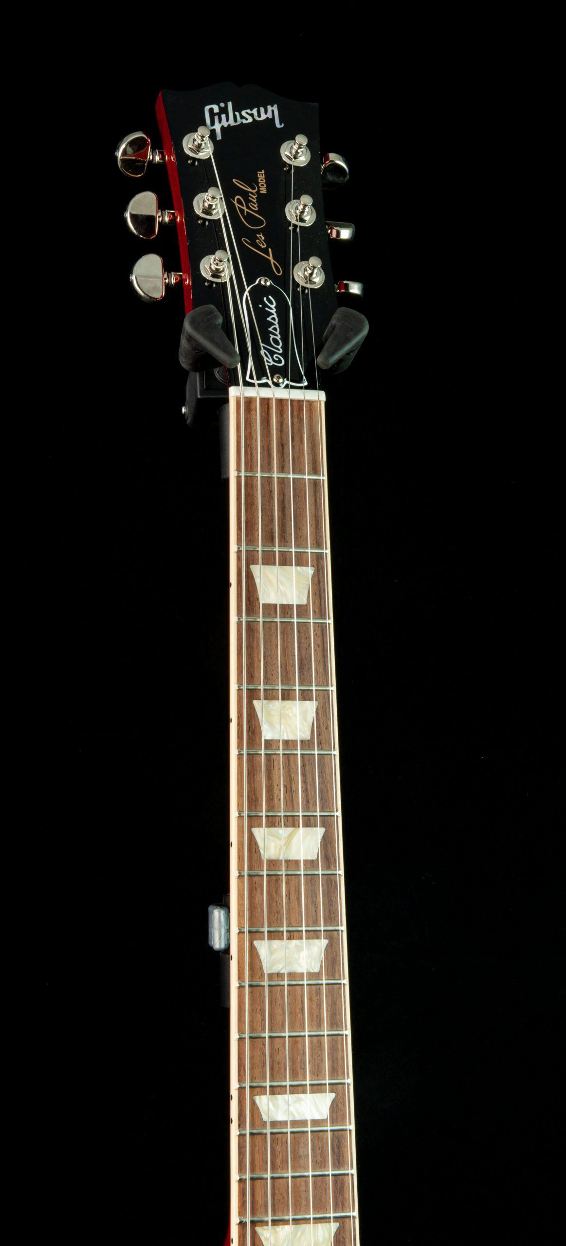 Gibson Les Paul Classic in Heritage Cherry Sunburst