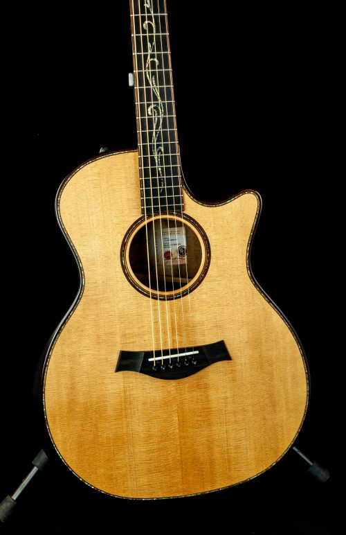 Taylor K14ce Pre-Owned
