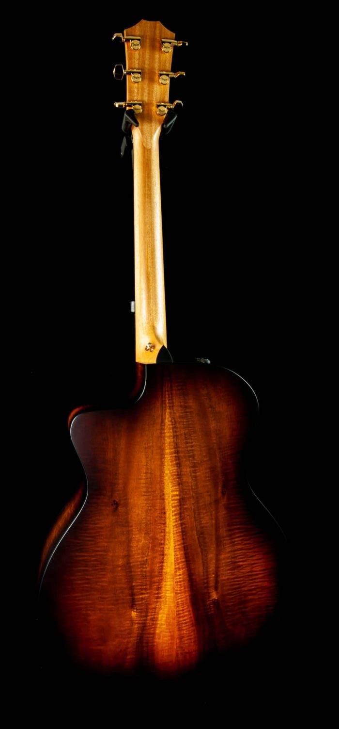 Taylor 224ce-K DLX in Shaded Edgeburst