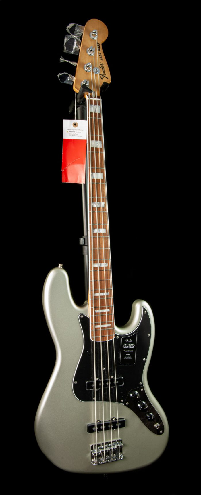 Fender Vintera '70s Jazz Bass in Inca Silver
