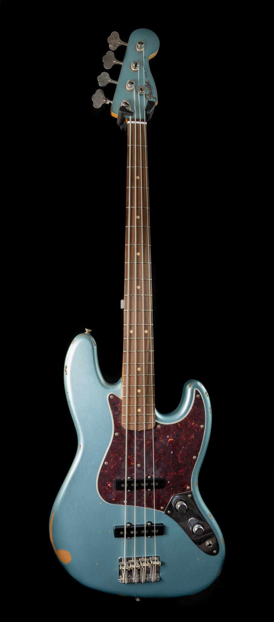 Fender - Limited - 60th Anniversary Road Worn Jazz Bass in Firemist Silver